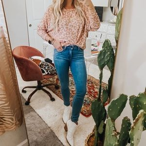 Just Black Skinny Jeans!